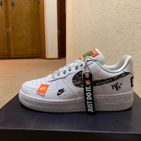 competitive price 890fc bbb5f [SOLD] Nike Air Force 1 Low Just Do It NWT
